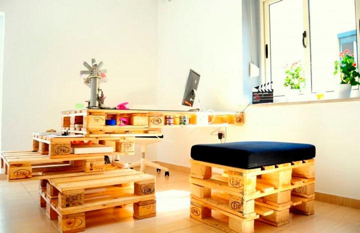 Escrivaninha de pallets
