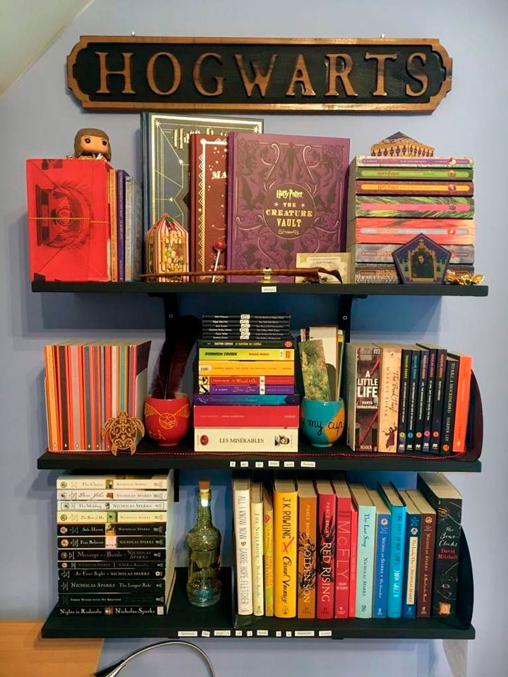 Estante de livros Harry Potter