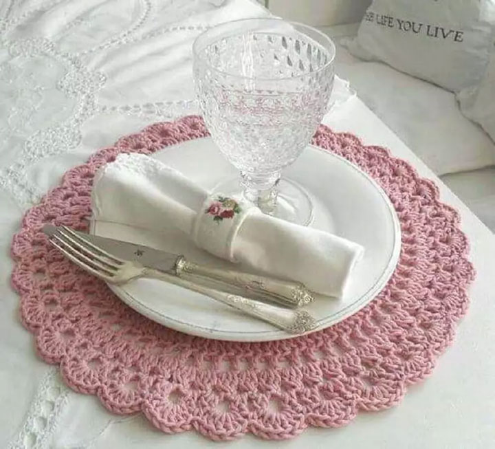 Sousplat de crochê na decoração